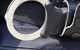 Teenie-Bande überfällt Taxifahrer mit Pfefferspray