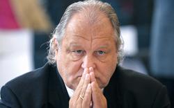 Hannes Kartnig: Antrag auf Fußfessel