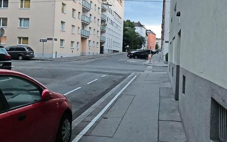 Favoriten: Parkplätze leer gefegt