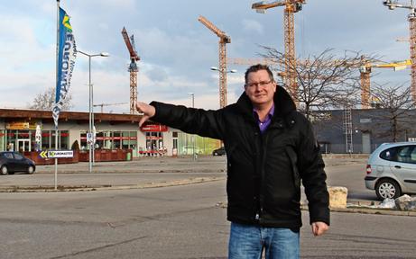 Parkplatz-Abzocker bedroht Bezirkschef Papai massiv