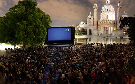 """""""Kino unter Sternen"""" lockt zum Karlsplatz"""