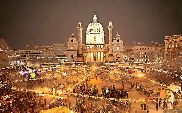 Karlsplatz Weihnachtsmarkt