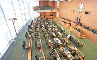 Termin für die Landtagswahl: Alle reden mit