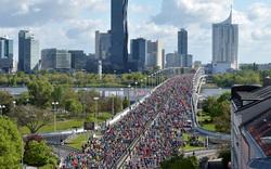 42.000 Läufer: Polizei-Auflauf beim City-Marathon