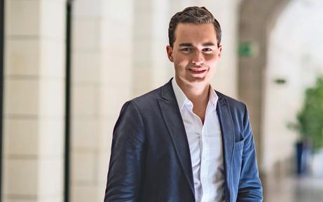 24-Jähriger casht 8.887 € Politiker-Gage