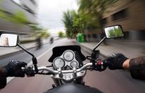 """Biker rast mit 176 km/h, weil er """"Regen entkommen"""" wollte"""