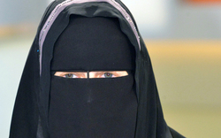 Eklat: Niqab an Schule erlaubt