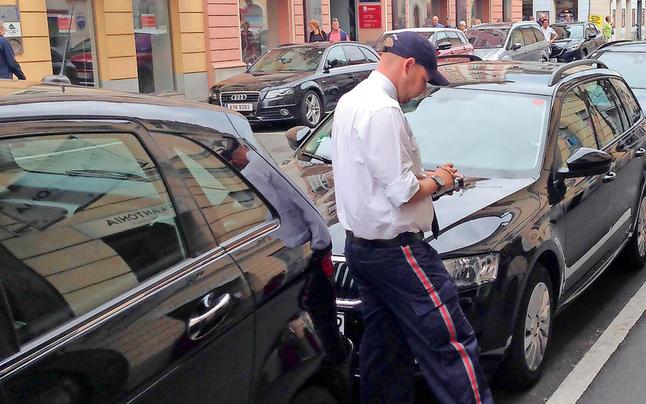 Klagenfurt: Parkordnung wird zum Streitthema