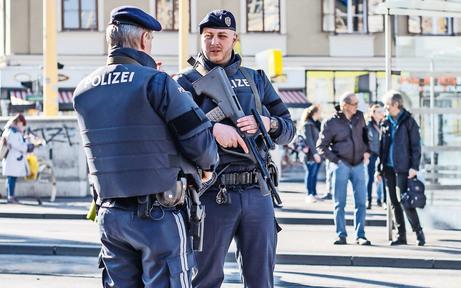 Nach Drogen- und Islamisten-Razzia: Kampf um Sicherheit
