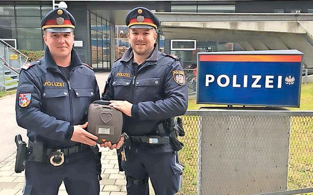 Polizisten Lebensretter