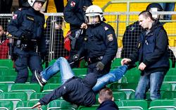 Harte Strafen nach Derby-Vorfällen