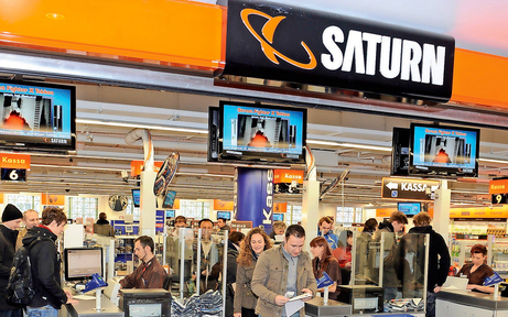Saturn feiert Neueröffnung in Vösendorf