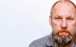 Peter Seisenbacher trifft auf seine Opfer