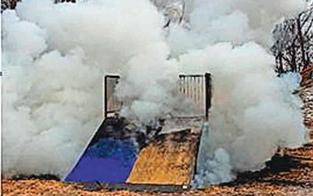 Teenies setzten Spielplatz zwei Mal in Brand