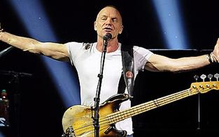 Skandalös: Sting singt im Hamburger-Rotlichtviertel
