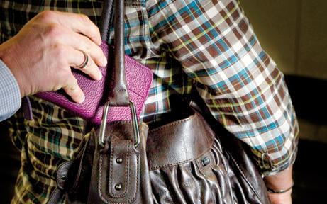 Taschendiebstahl: Zwei Frauen festgenommen