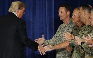 Trump will politische Einigung mit Taliban in Afghanistan