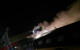 Wohnhaus von Flammen großteils zerstört