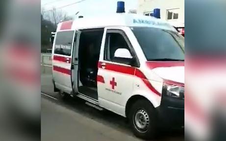 11-jähriges Mädchen von Krankenwagen erfasst