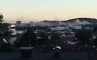 Dachstuhl in Brand: Riesige Rauchschwaden über Linz