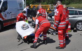 Massen-Crash auf A2: Auch Baby schwer verletzt