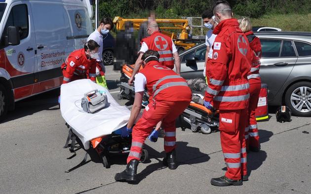 A2 Unfall Baby verletzt