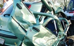 Verkehrsunfall mit Menschenrettung auf der B16