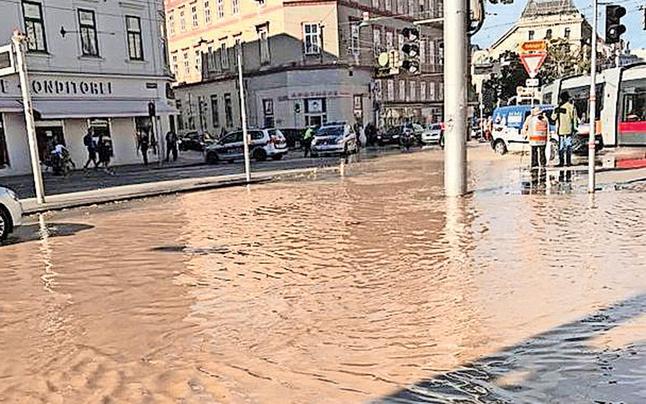 Rohrbruch: Alsergrund unter Wasser