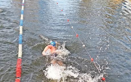 Eisschwimm-Weltrekord in Altenwörth aufgestellt