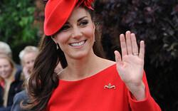 Queen feiert: Herzogin Kate bezaubert