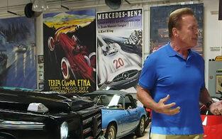 Arnie begeisterte mit E-Auto von Kreisel