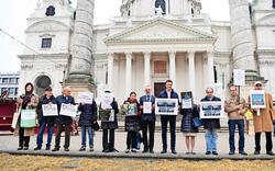 Karlskirche: Weiter Kampf gegen Verschandelung