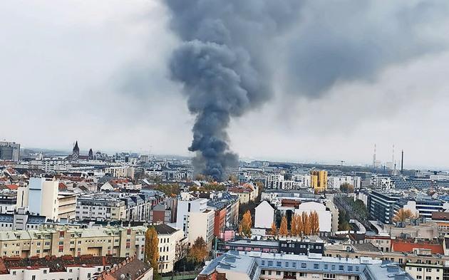 Großbrand Brand Nordbahnhalle