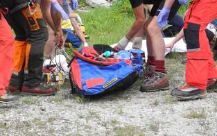 Bergsteiger stürzt 150-Meter ab - tot