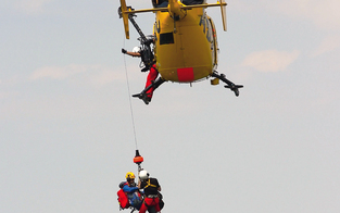 Kletterer von Falkensteinwand gerettet