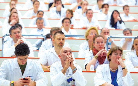 Wiener Ärzte planen Arbeitszeit-Aufstand