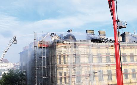 Dachbrand legt die City lahm