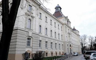 Scheinwohnsitze: Ex-Ortschef vor Gericht