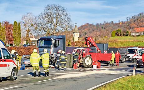 Zwei schwere Unfälle: Traktorlenker getötet