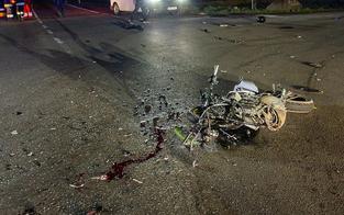 16-jähriger Mopedlenker stirbt bei Frontal-Crash