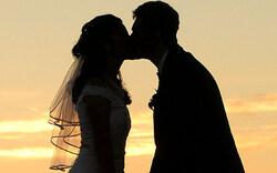 Österreicher lassen sich beim Heiraten Zeit