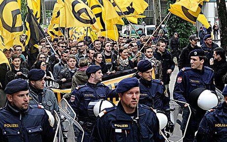 Identitären-Aufmarsch und Gegen-Demos: Polizei gerüstet