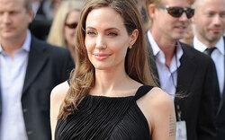 Jolie: Porzellanhaut dank Beauty-Doc