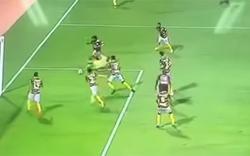 Verletzter Kicker verhindert Tor des eigenen Teams