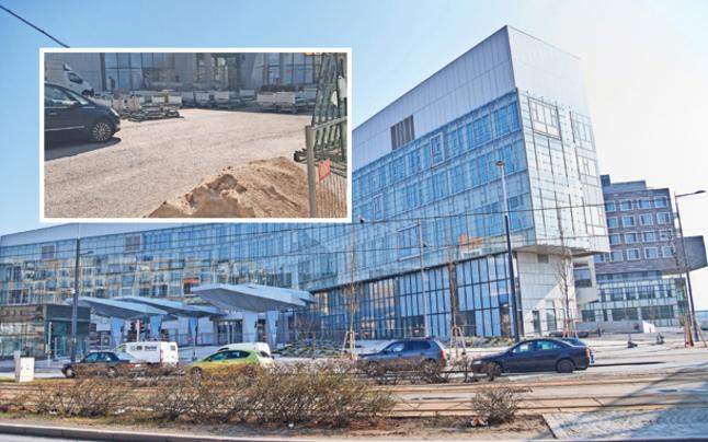 KH Nord: Betten stehen im Bauschutt