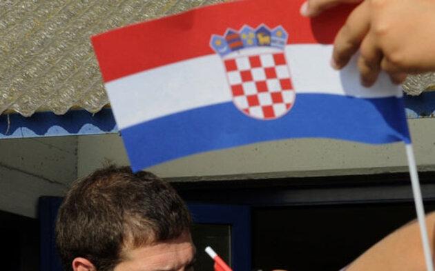 kroatien_fahne_dpa.jpg