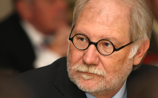 Fußball trauert um Helmut Kronjäger