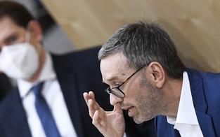 Parlament: Beschwerden gegen FPÖ-Abgeordnete ohne Maske