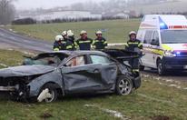 Lenker (26) überschlägt sich mit Auto – tot