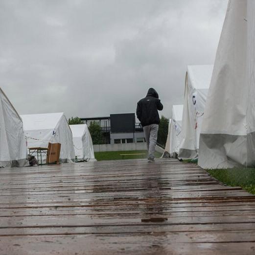Flüchtlingszelte in Linz